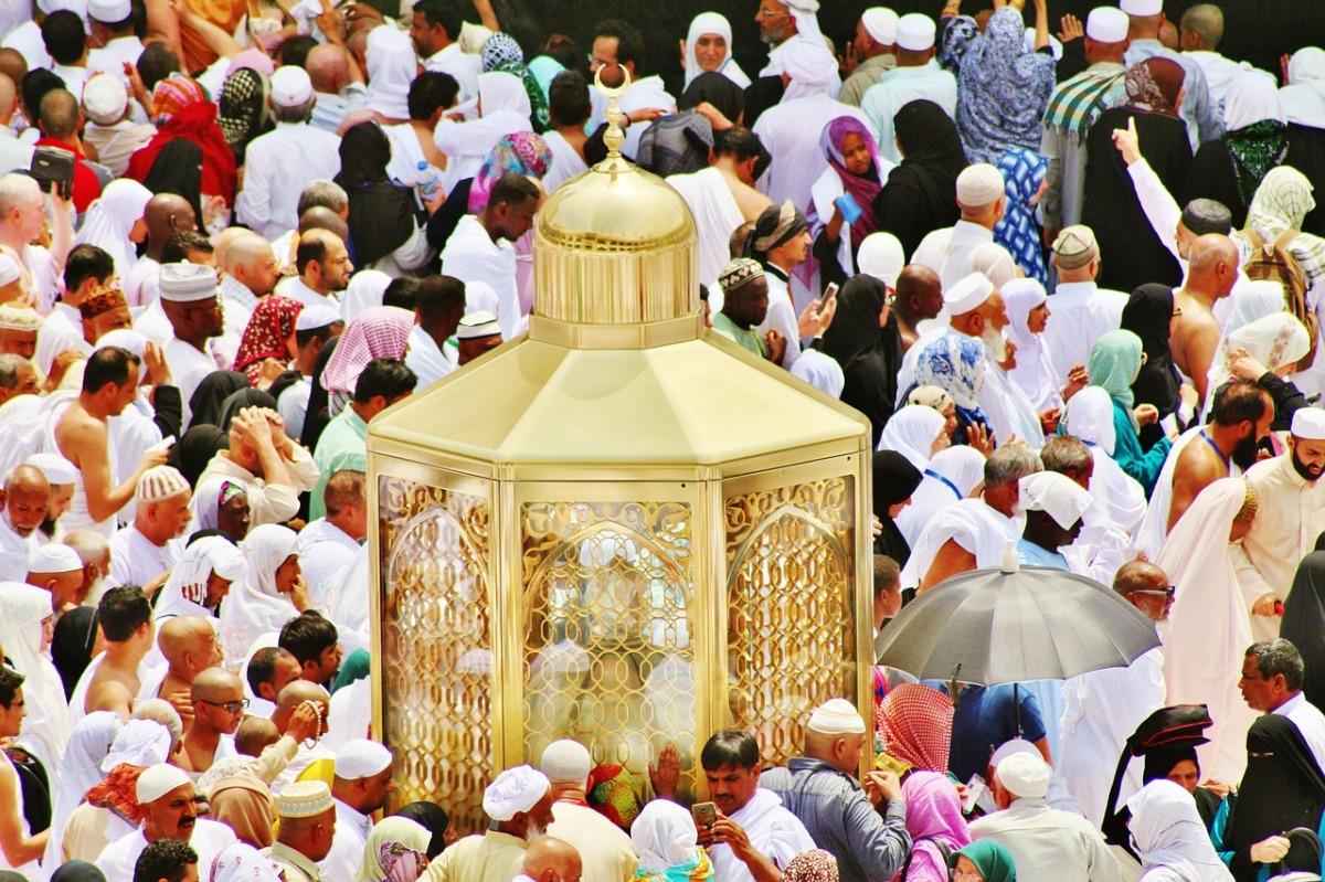 Potret Perjalanan Hidup Nabi Ibrahim 'Alaihissalam [ Khutbah Idul Adha ]